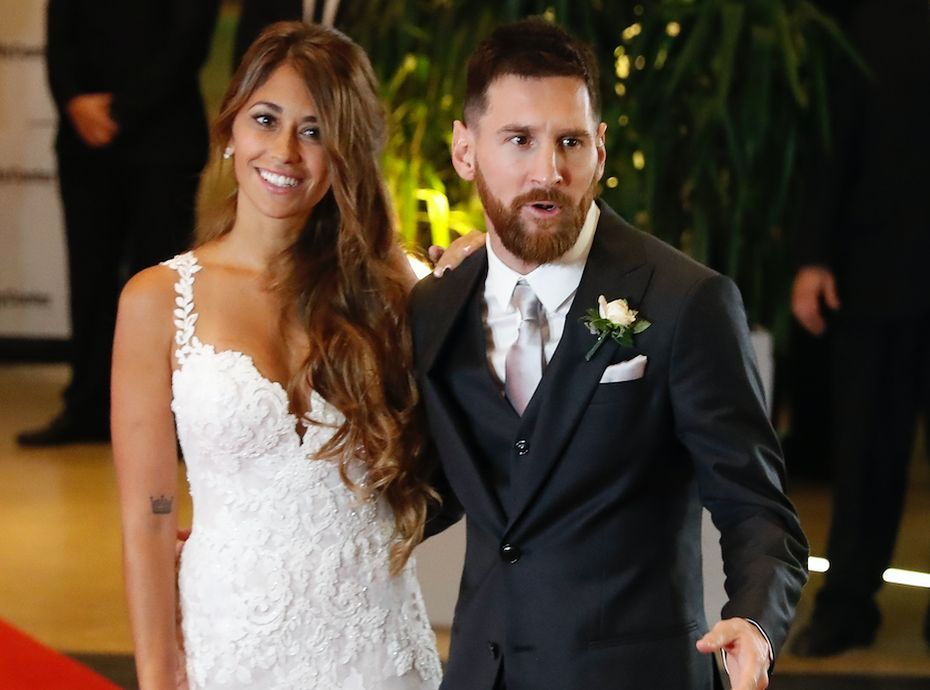 lionel messi sa femme antonella est enceinte de leur 3e. Black Bedroom Furniture Sets. Home Design Ideas