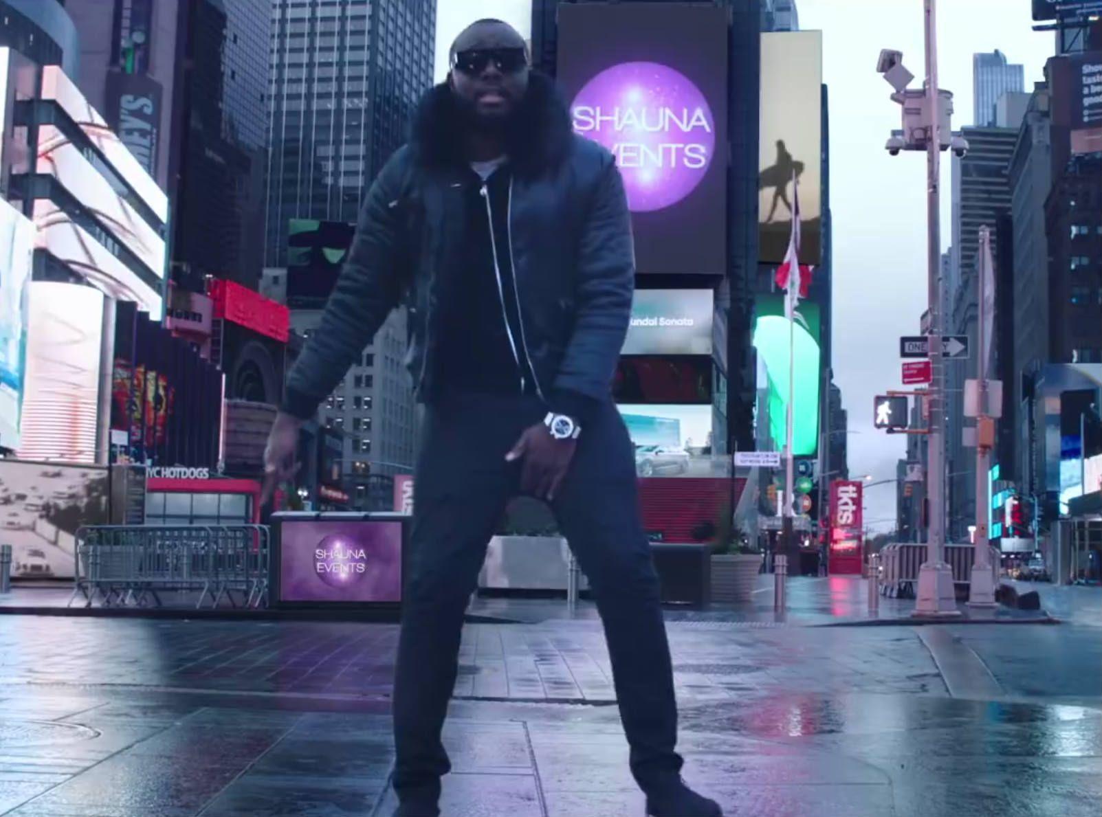 """Maître Gims : Le chanteur nous sert le remix de """"Mi Gna"""" !"""