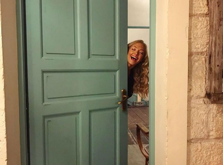 Mamma Mia 2 : Amanda Seyfried nous invite dans les coulisses du tournage