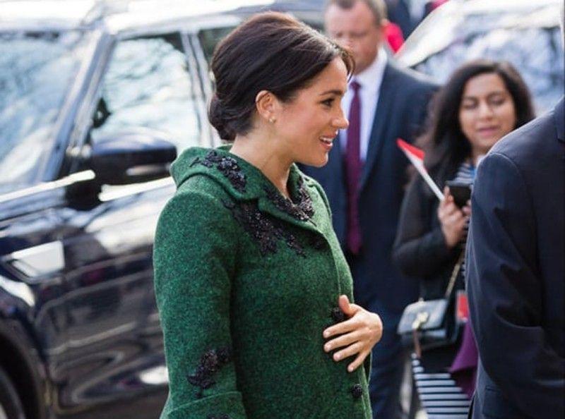 Meghan Markle : la grossesse ne l'empêche pas de porter des talons hauts !