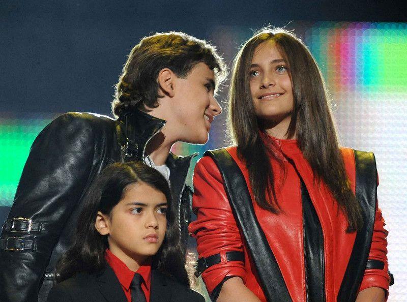 Michael Jackson : cette GUERRE que ses enfants préparent en secret...