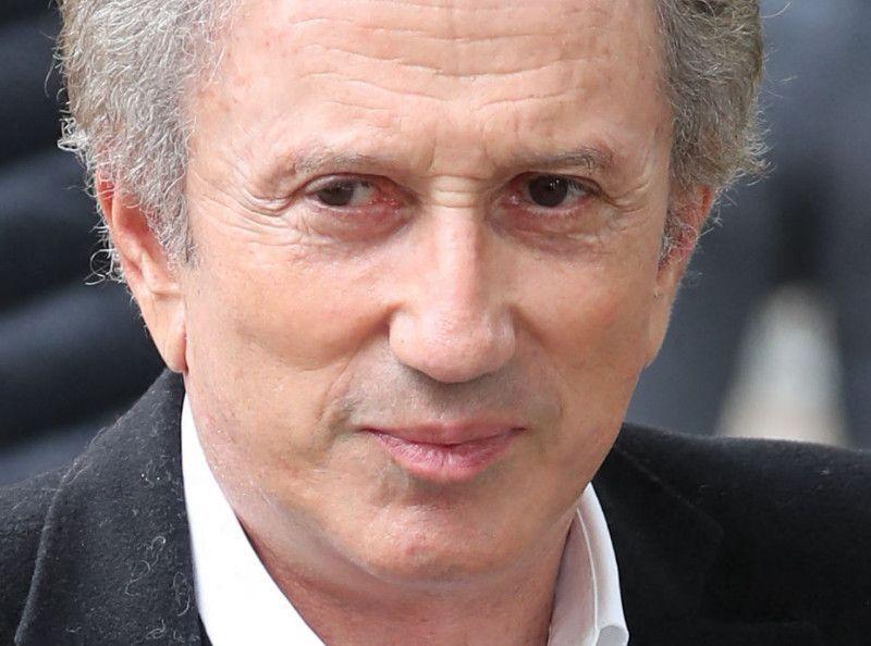 Michel Drucker : Qui est ce proche qui venait le voir tous les soirs lors de son hospitalisation ? - Public