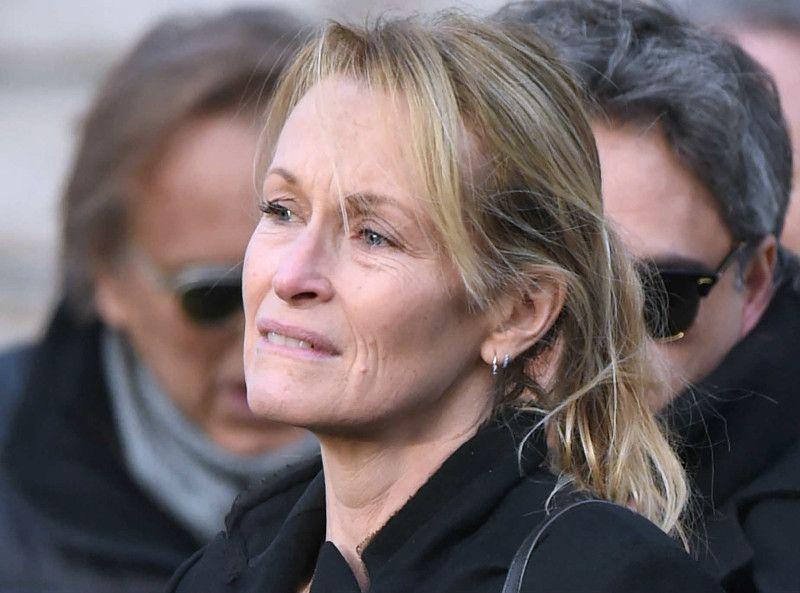 Mort de Johnny Hallyday : Emma Smet en pleurs, fait une révélation déchirante...