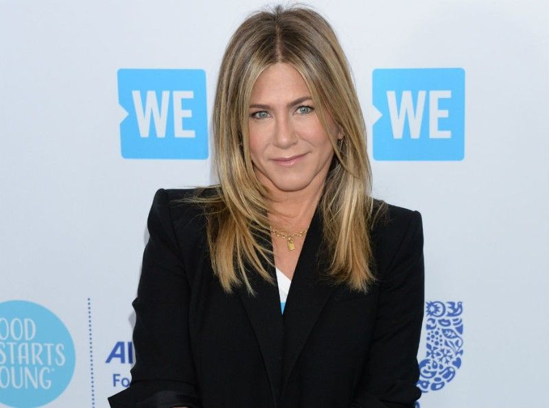 breaking news jennifer aniston signe son grand retour sur le petit cran en compagnie de reese. Black Bedroom Furniture Sets. Home Design Ideas