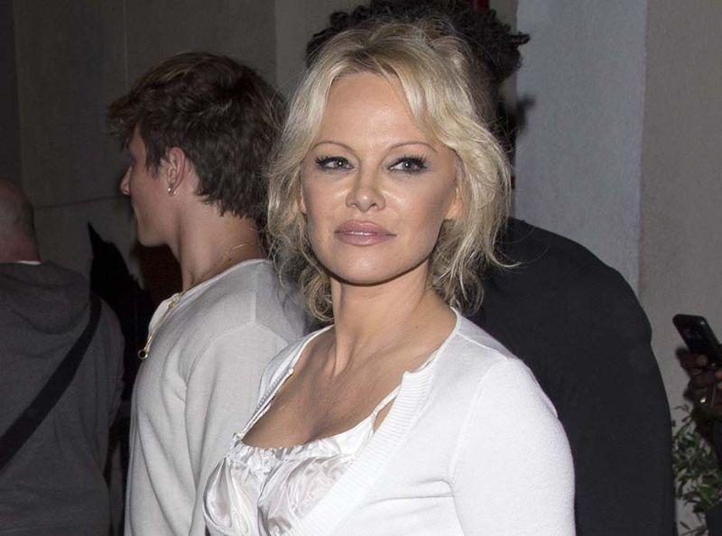 Pamela Anderson affiche son amour sur Instagram : l'étrange surnom qu'elle donne à Adil Rami