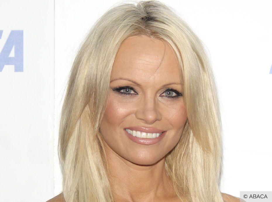 Pamela Anderson : folle amoureuse d'Adil Rami, elle dit tout !