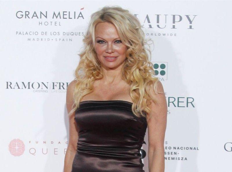 Pamela Anderson : La star encore en lutte contre la corrida !