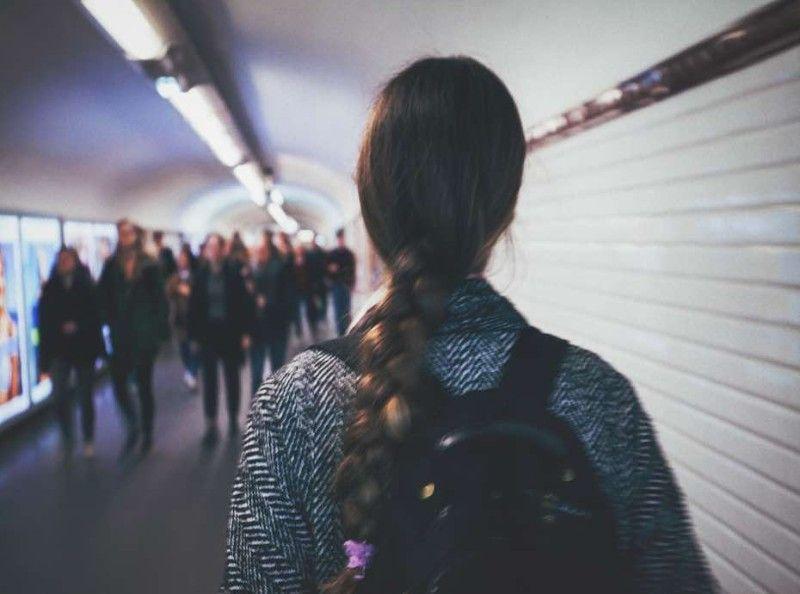 Paris : une femme de 20 ans violée par plusieurs hommes à la sortie du métro