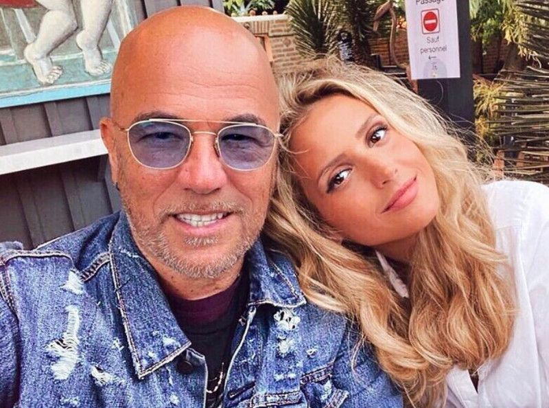 Pascal Obispo et sa femme Julie en maillot de bain : Leur sublime cliché à la mer ravit les internautes !