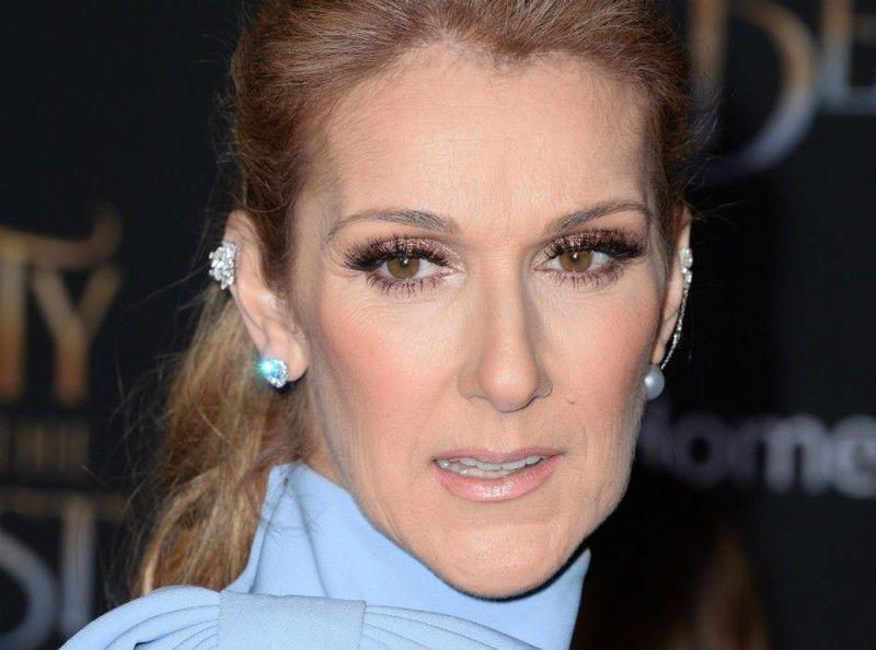 Quand Céline Dion se promène en... pyjama !