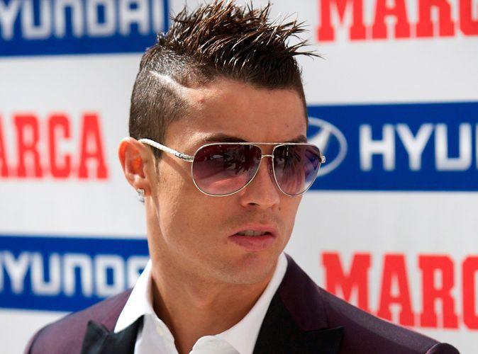 Photos Cristiano Ronaldo Nouvelle Coupe De Cheveux Pour Recevoir