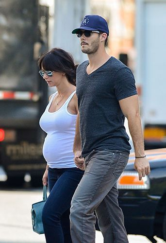 Photos Jennifer Love Hewitt Aux Cotes De Son Cheri La Future