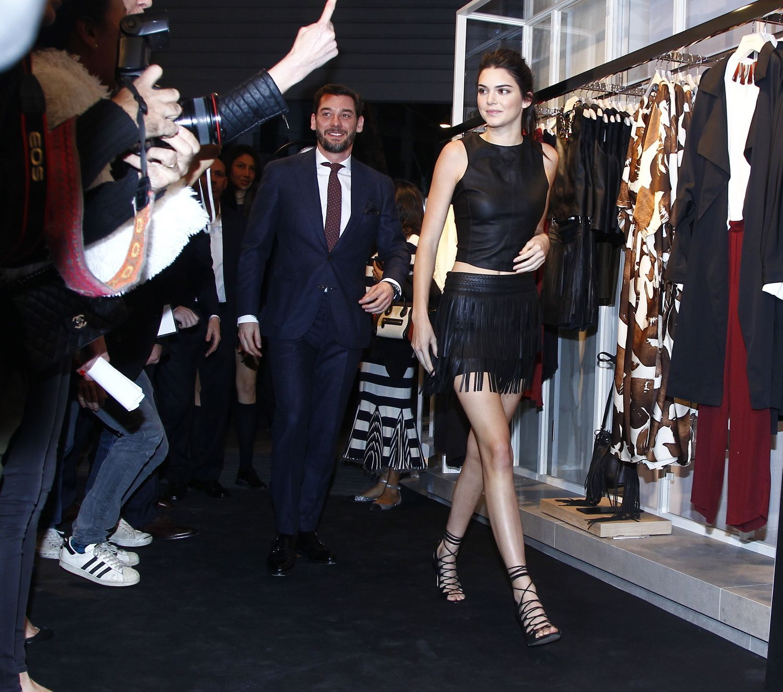 c18843380040 Photos   Kendall Jenner bohémienne rock pour Mango