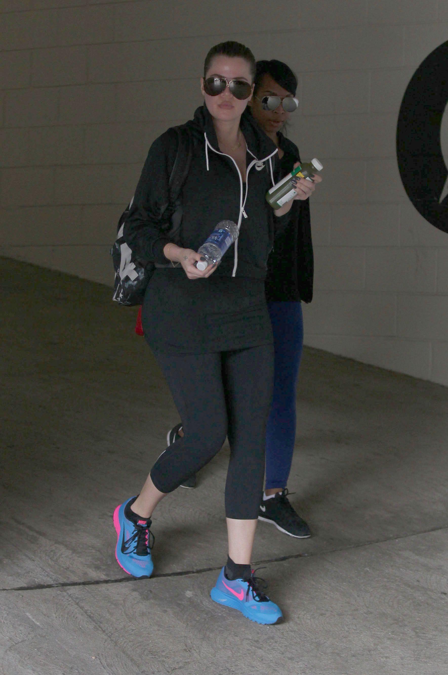 info for c3f06 47443 Photos-Khloe-Kardashian-no-pain-no-gain-elle-l-a-bien-compris-!.jpg