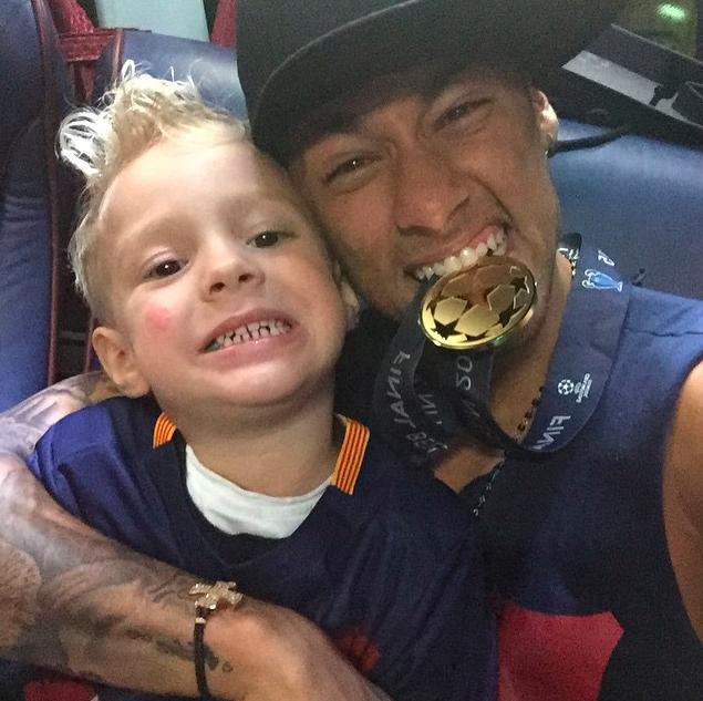 People : Neymar adresse des mots émouvants pour les 6 ans de son fils, David Lucca