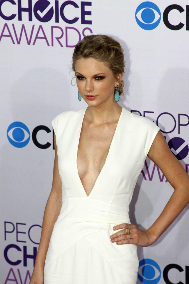 Taylor Swift datant avril 2014 bon premier message pour les exemples de rencontres en ligne