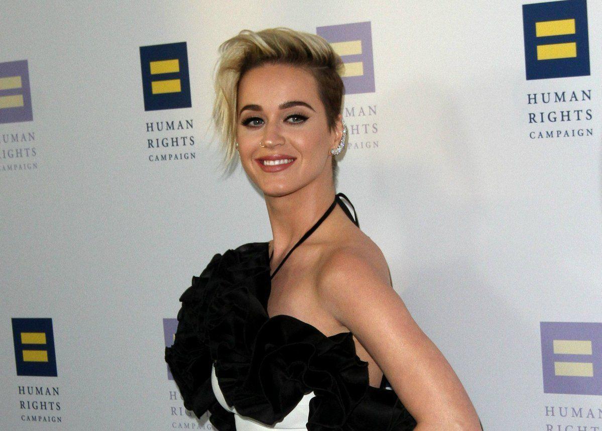Public Buzz : quand Katy Perry s'incruste à un mariage !