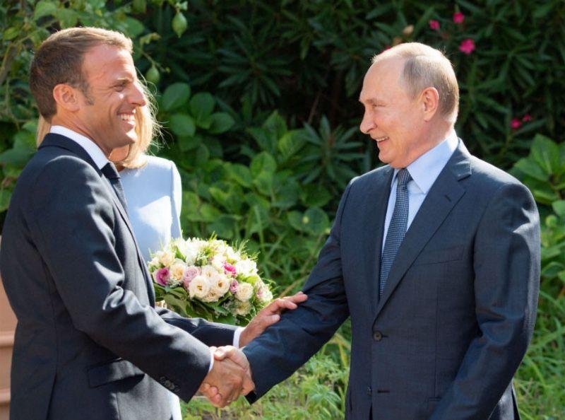Quand Vladimir Poutine fait un compliment à Brigitte Macron sur son physique