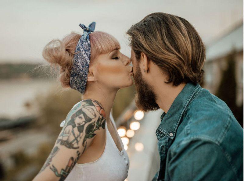 Datant premier baiser temps