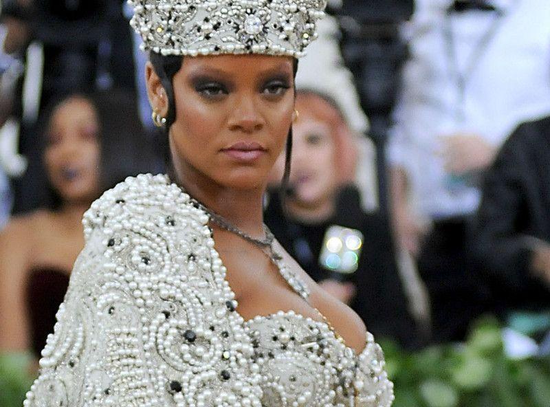 Rihanna célibataire : Cette folle rumeur qui alerte la planète !