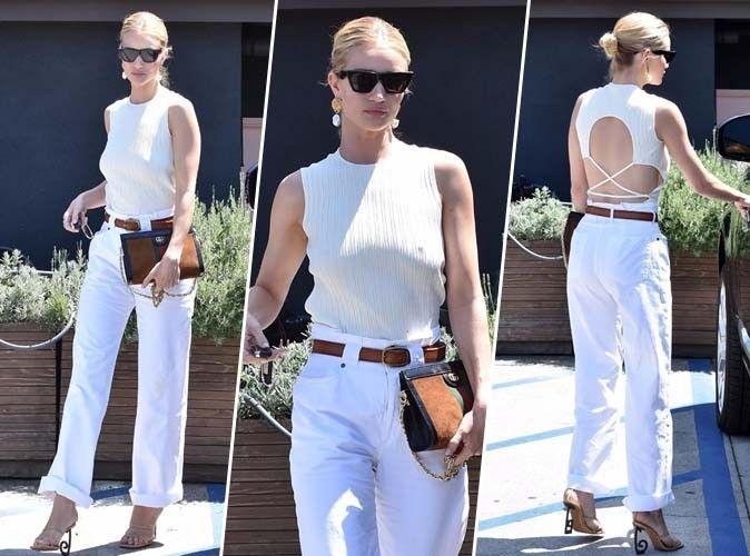 Rosie Huntington-Whiteley : total look blanc et détail sexy dans le dos, on craque !