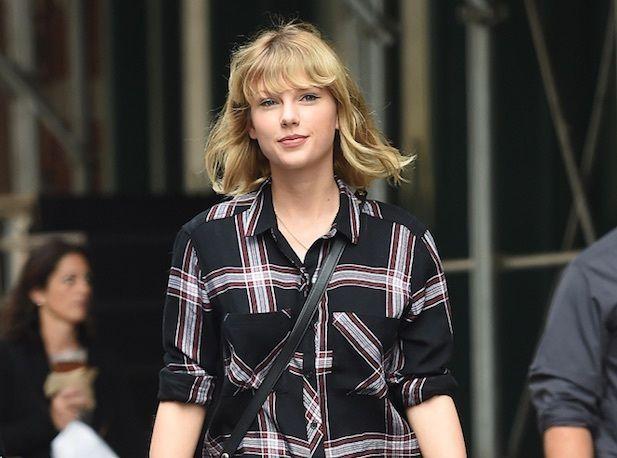 Taylor Swift Elle Se Met Toute Nue Dans Son Nouveau Clip