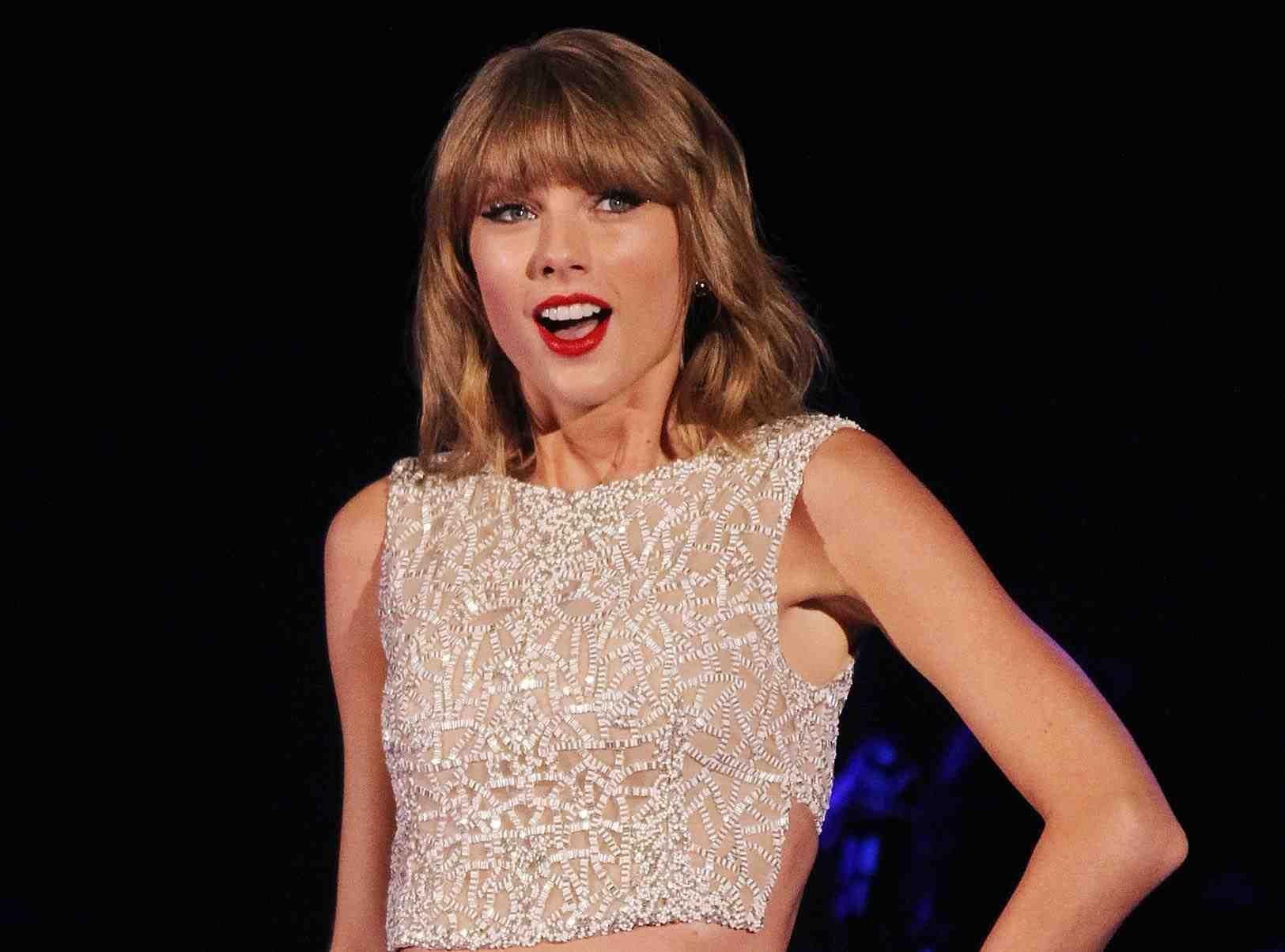 Taylor Swift offre une maison à une fan enceinte et sans-abri !