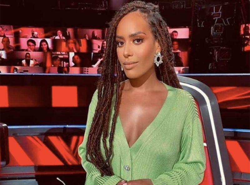 The Voice : le look hors de prix d'Amel Bent agace les internautes