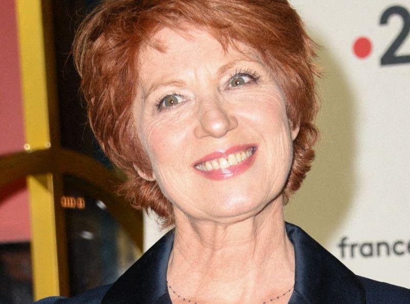"""Véronique Genest """"ne sait pas garder sa langue"""" : Une ex-star de Julie Lescaut donne son avis sur les sorties polémiques de la comédienne"""