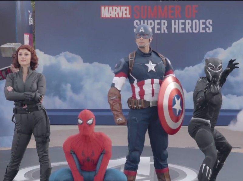 Alors on sort : Michaël Youn, Malik Bentalha, Franck Gastambide et Virginie Efira réunis pour le Marvel Summer de Disneyland