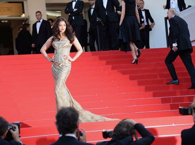 Exclu Vidéo Aishwarya Rai Sur Le Tapis Rouge Du Festival De Cannes