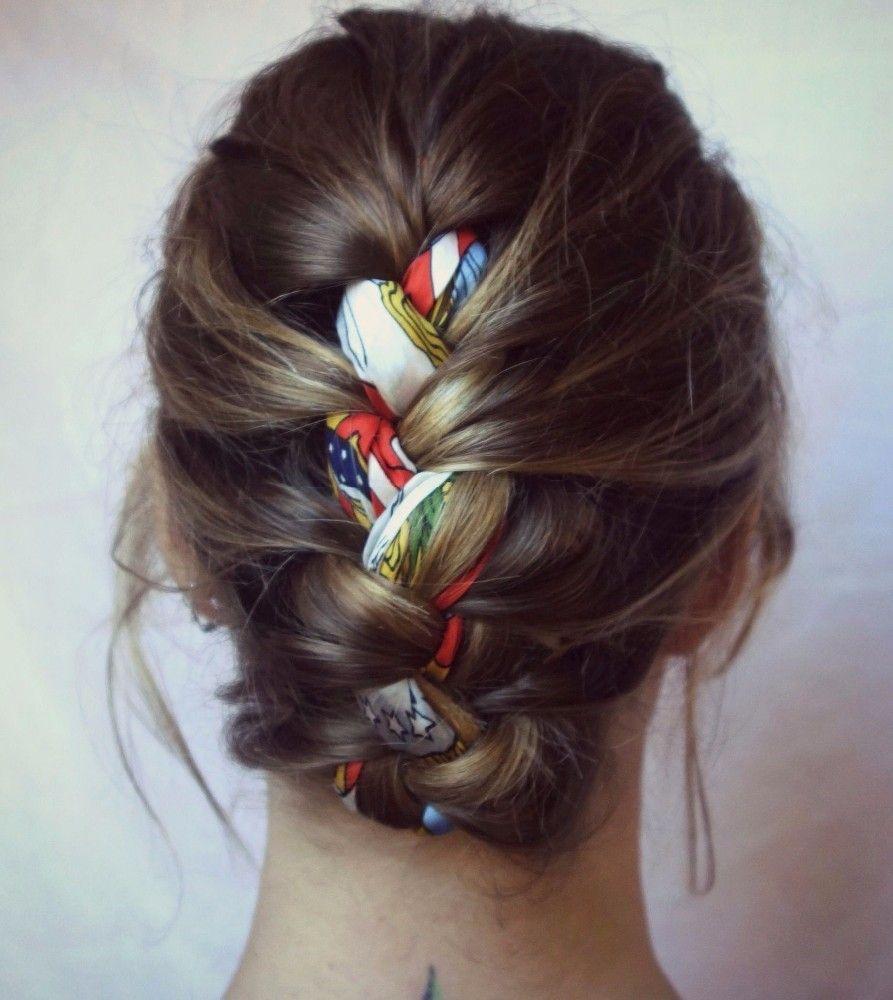 3 Idees De Coiffures Pour Les Cheveux Mi Longs