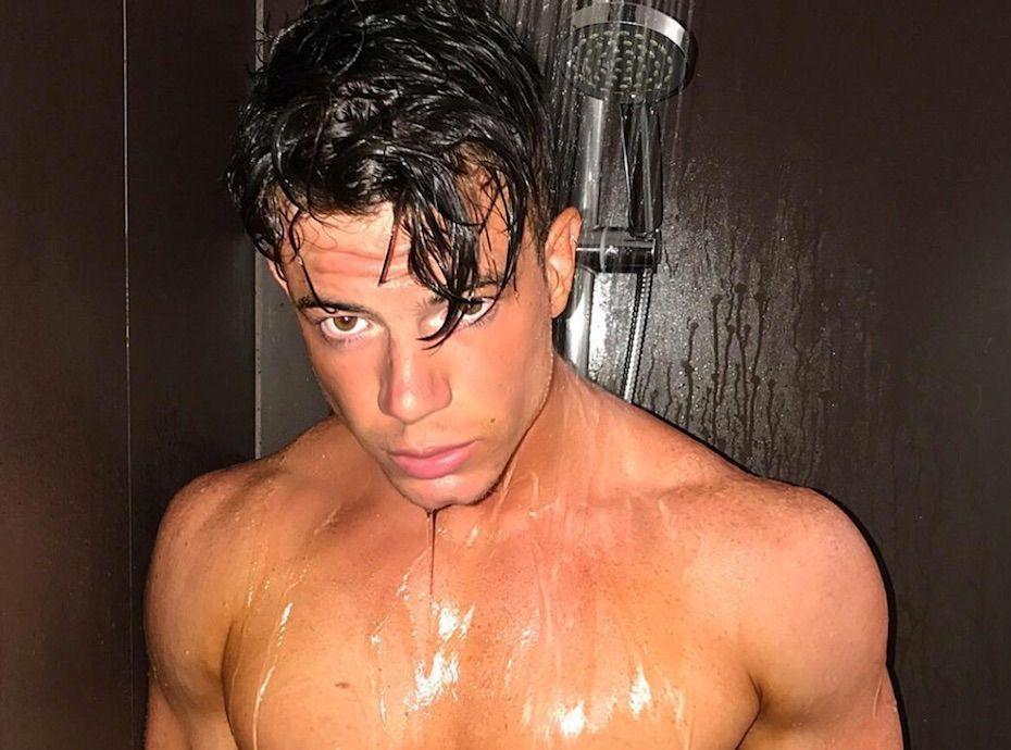 se faire sucer sous la douche photo rebeu nu