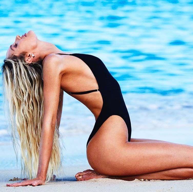 Candice Swanepoel lance sa marque de maillots de bain