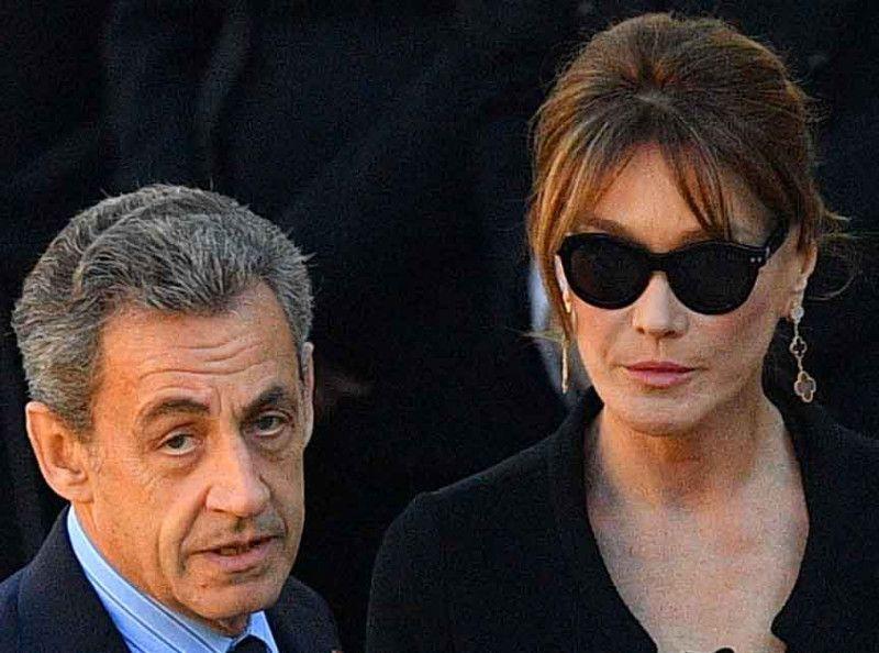 Carla Bruni Et Nicolas Sarkozy Enfin Des Photos Frontales De Leur Fille Giulia