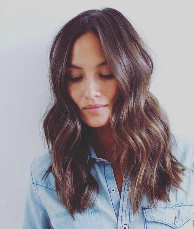 Top Cheveux mi-longs : 50 modèles de coiffures qui donnent envie de  PP31