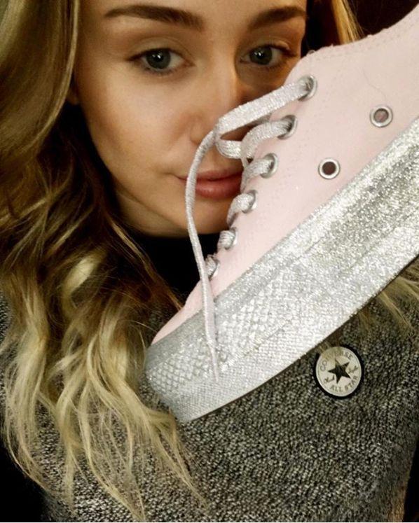 Converse x Miley Cyrus : Les premiers modèles (canon) enfin révélés !