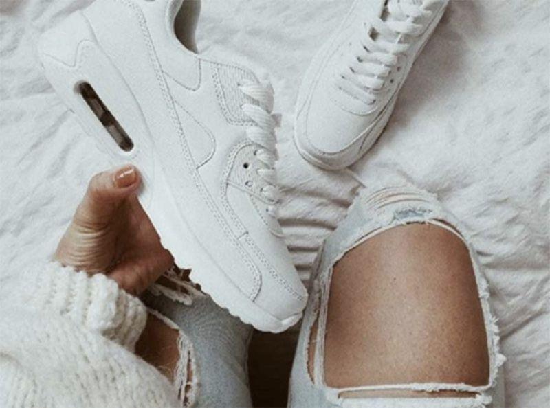 Eté 2018   9 paires de baskets blanches soldées à shopper illico d73eb396428