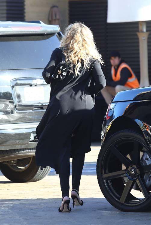 Khloé Kardashian ne veut pas de conseils de ses soeurs en matière de maternité