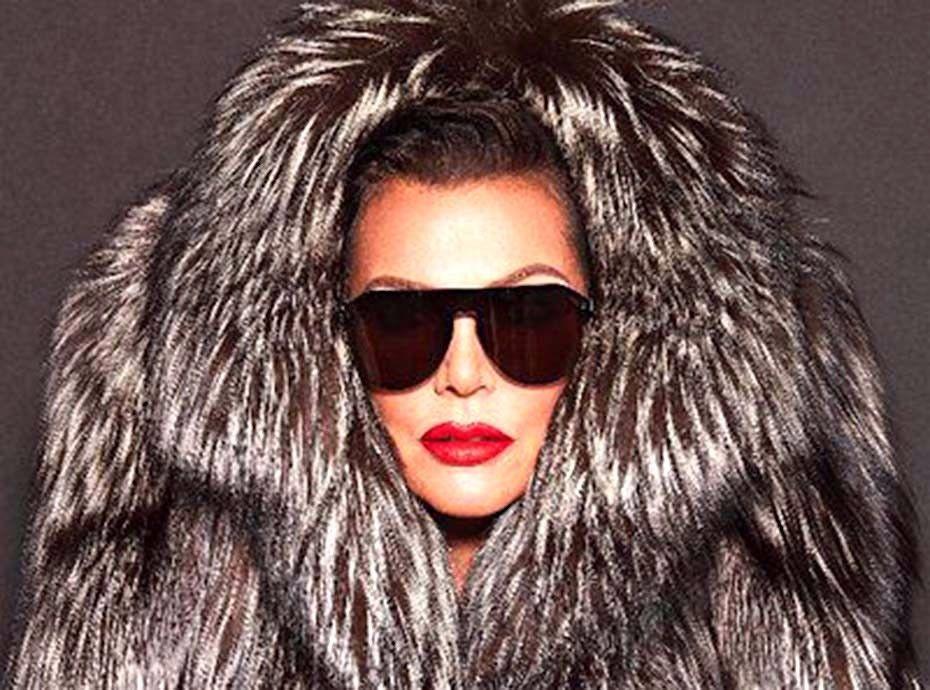 Kris Jenner hacke les réseaux sociaux de Kylie Cosmetics pour annoncer une grande nouvelle...