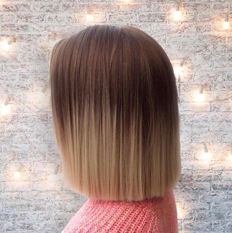 Coupe cheveux mi long carre droit