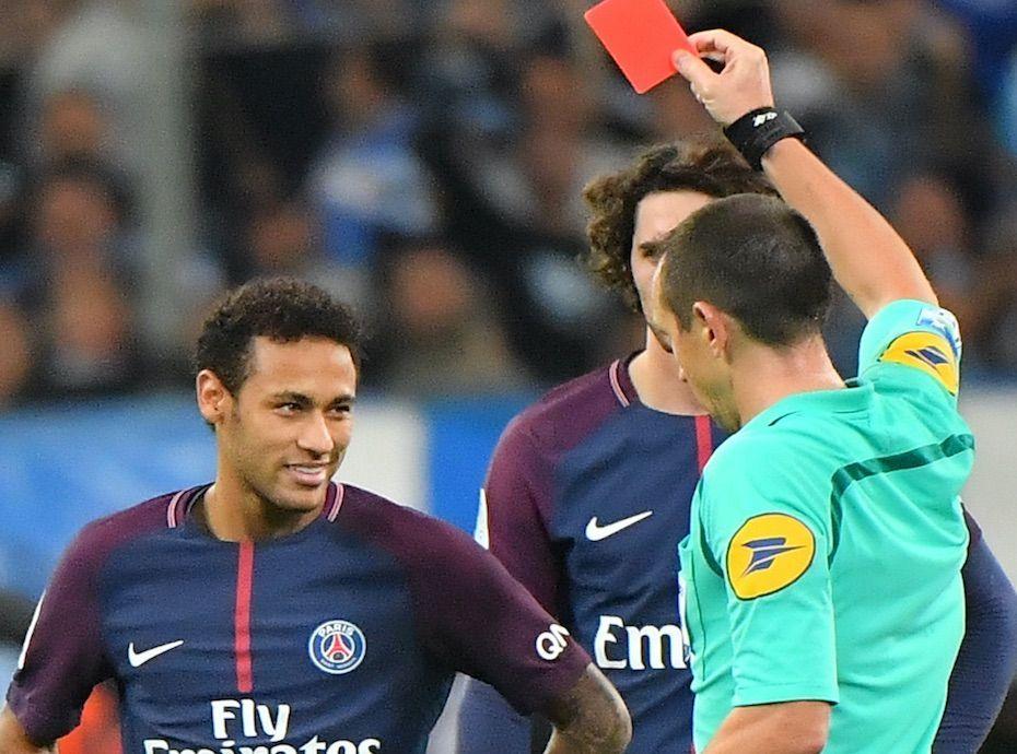 Neymar  Après sa soirée chaotique, il pousse un coup de gueule !