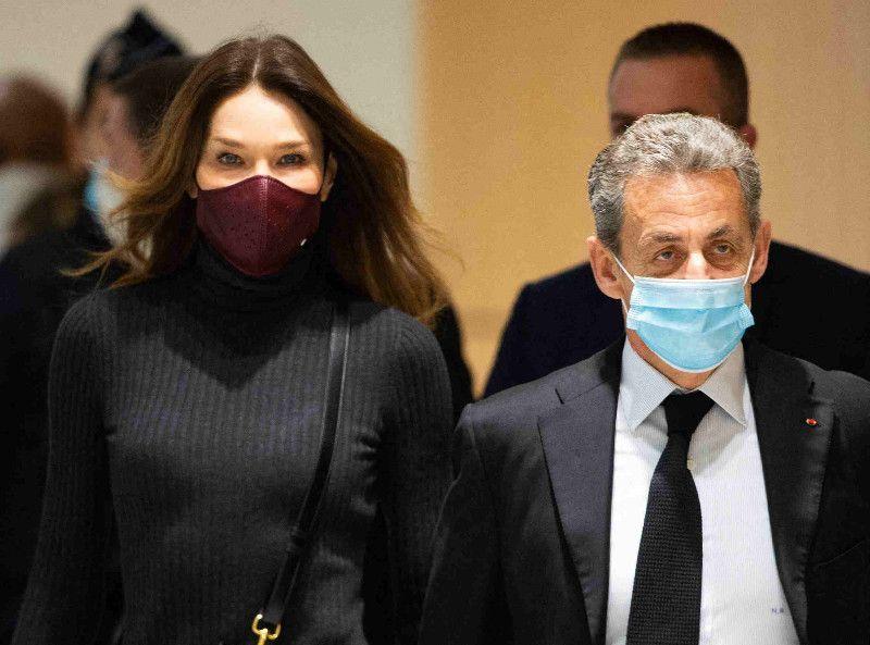 Nicolas Sarkozy : après ses fils, Pierre et Jean, c'est Carla Bruni qui débarque à son procès