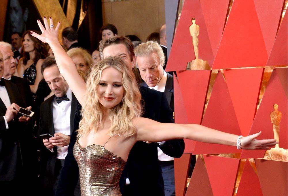 Oscars 2018 : Jennifer Lawrence a forcé sur le vin, et c'était énorme !
