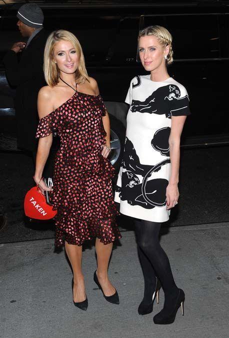 Paris et Nicky Hilton : sortie entre soeurs pour la première de