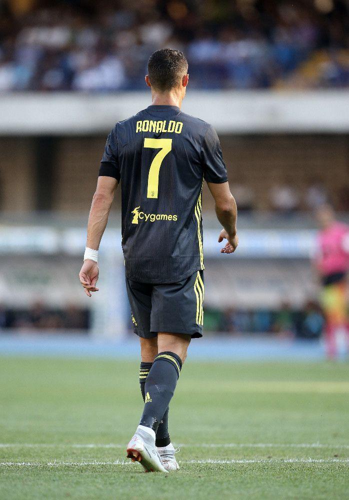 Photos Cristiano Ronaldo Tres Attendu Pour Ses Debuts Cr7 N