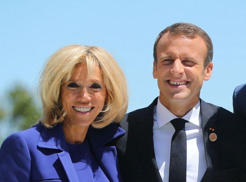 On Flipboard Photos Emmanuel Et Brigitte Macron S Eclatent A Bregancon Bikinis Jet Ski Et Sensations De Folie