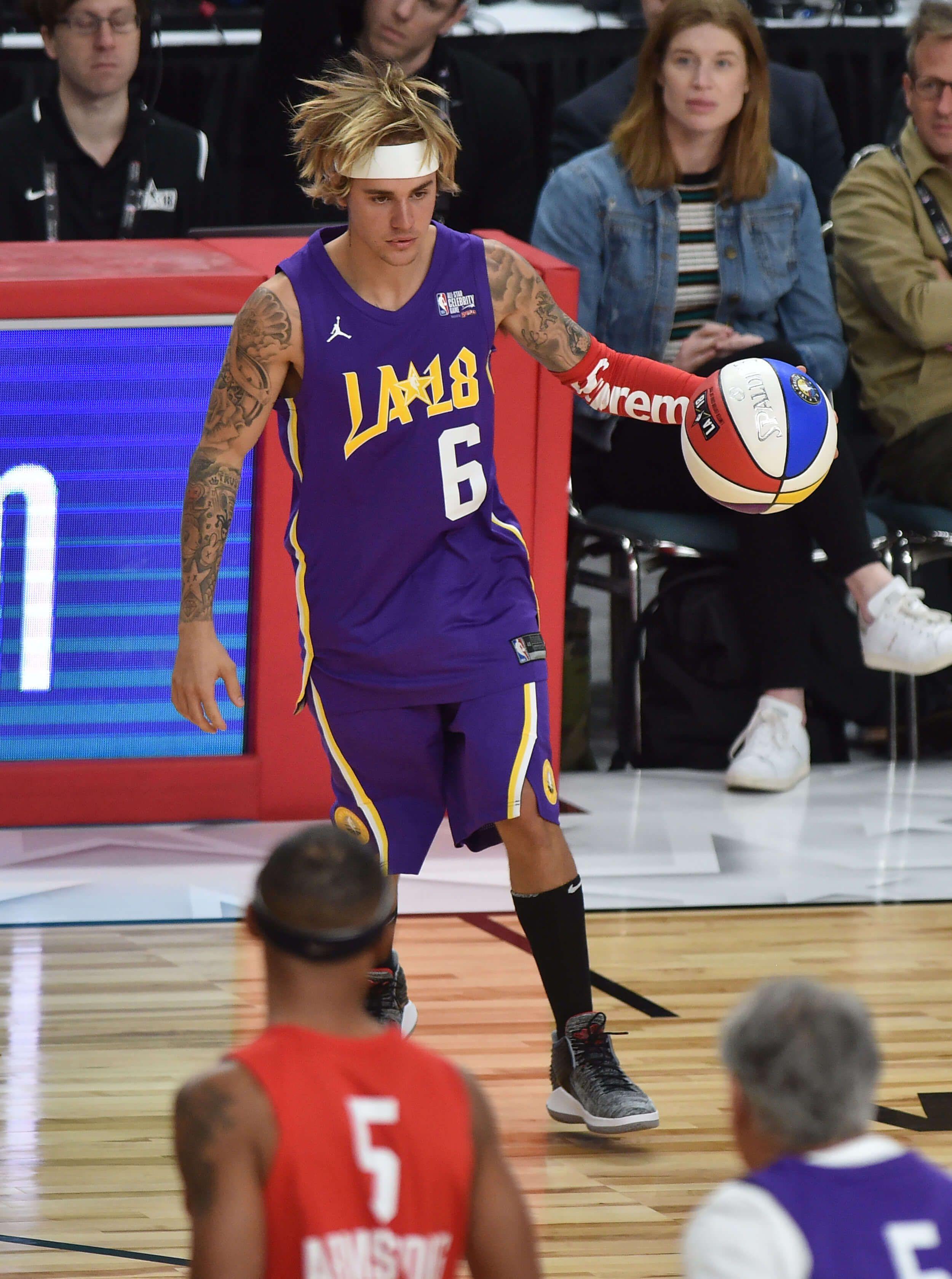 Justin Bieber humilié par Jamie Foxx devant Beyoncé et Blue Ivy lors du Celebrity All Star Game