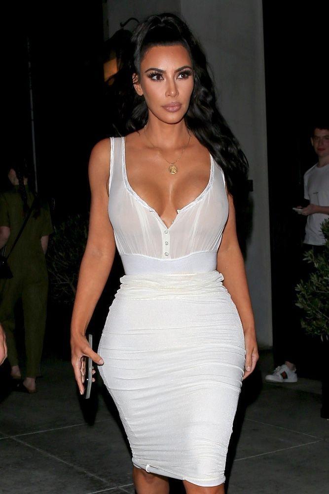 Kim Kardashian : À la rencontre de ses fans, elle a sorti le grand jeu !