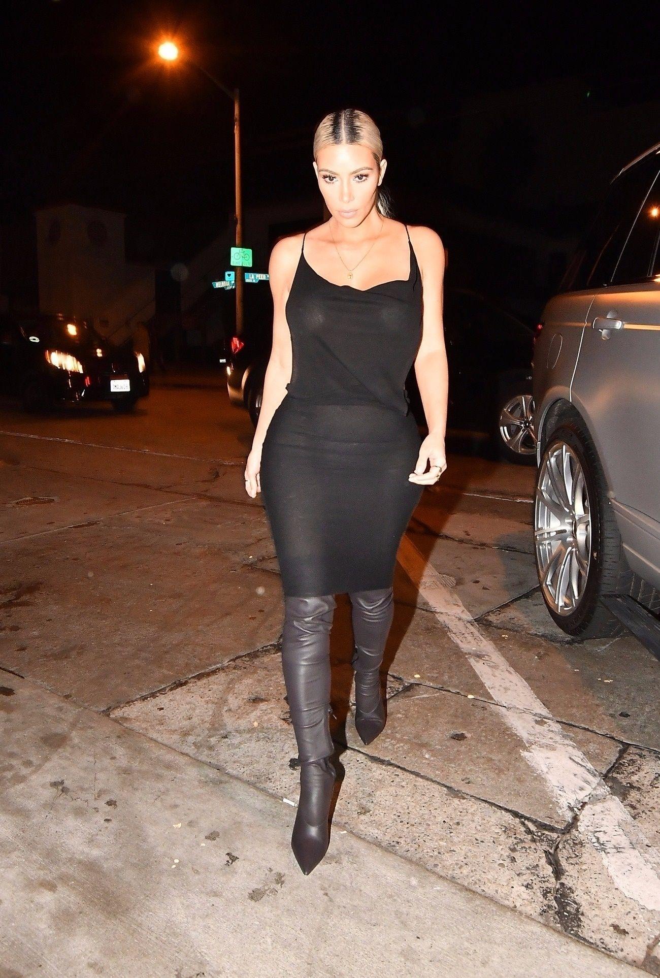 Kim Kardashian trahie par sa robe !
